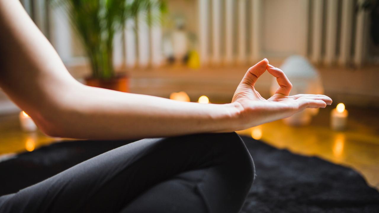 practica yoga en la empresa