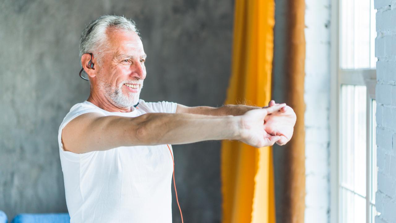 Yoga en los negocios para prevenir el estrés laboral en las empresas